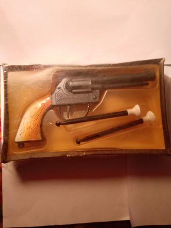 Револьвер дитячий СССР новий в пленці
