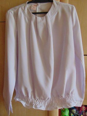 Zestaw galowy 3 bluzki i 1 czarna spodnica na rozmiar 140