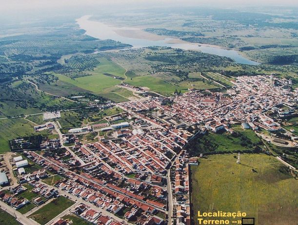330 m2 Terreno Urbano Alcácer Sal Moradia Isolada