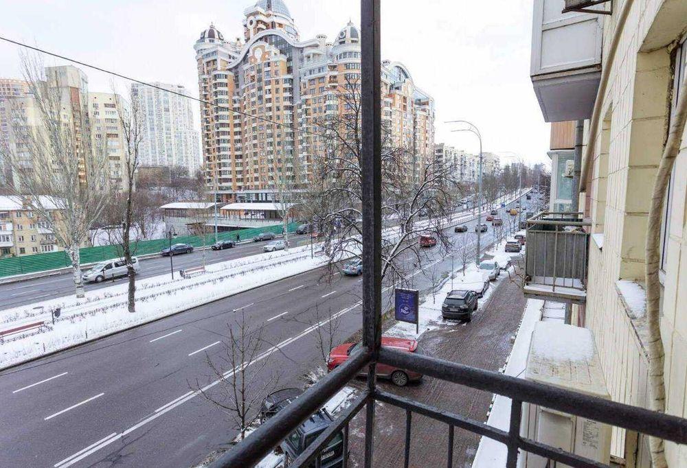 2к Центр Бульвар Леси Украинки Печерск квартира посуточно метро-1