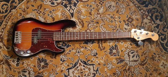 Fender Precison american 5 cordas