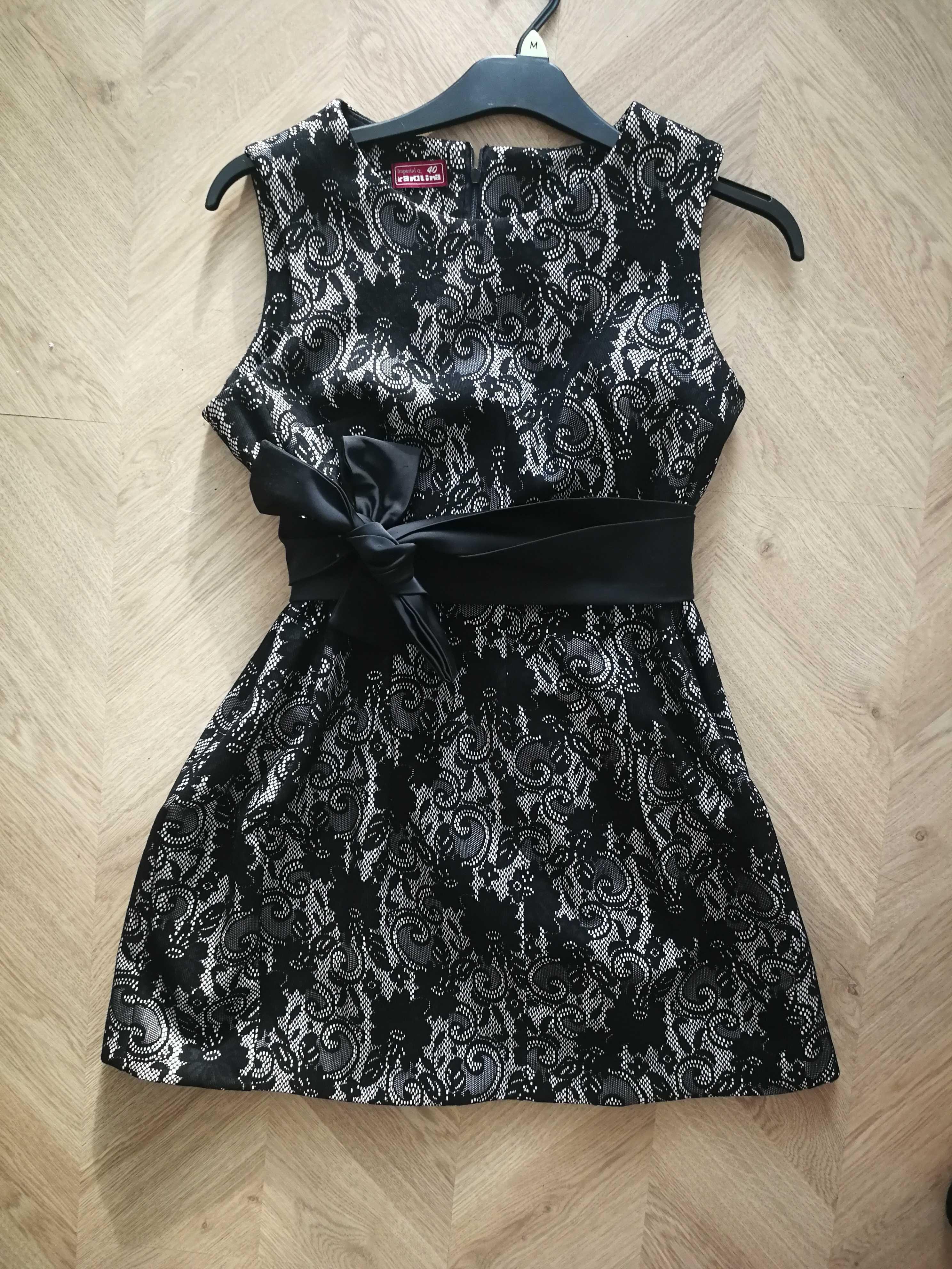Sukienka ala koronka