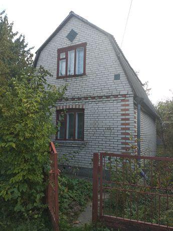 Дачний участок з будинком від власника