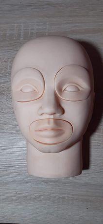 Głowa do nauki makijażu