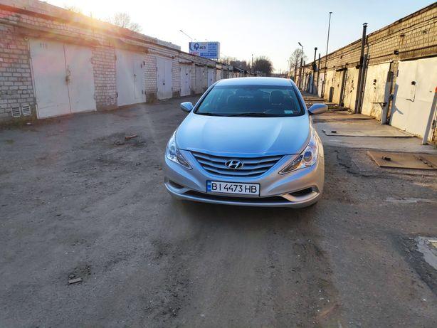 Продам Hyundai sonata yf 2012   94 т.км.
