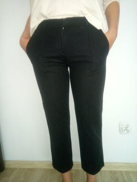 Tommy Hilfiger spodnie S