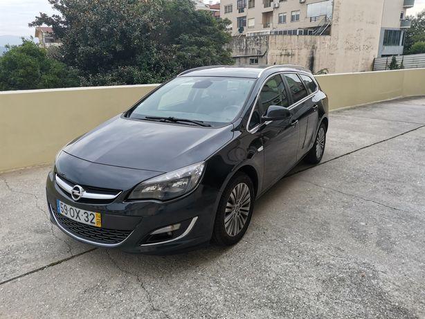 Opel Astra J Caravan