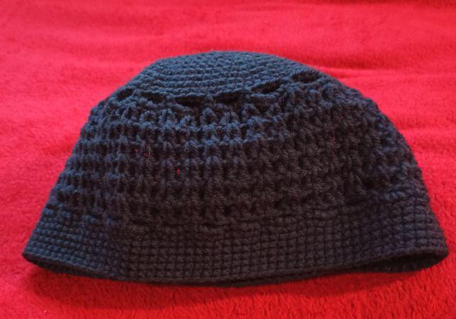 Granatowa czapka handmade