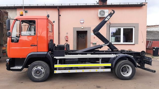 STAR MAN M70 hakowiec ciężarowy do przewozu kontenerów