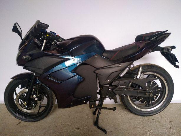 Электромотоцикл ElWinn EM-123