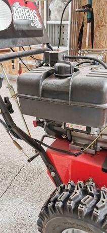 Odśnieżarka spalinowa z rozruchem elektronicznym 230V
