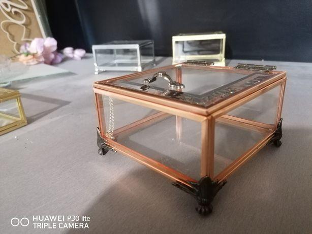 Pudełko szklane miedziane przezroczyste na obrączki organizer szkatułk