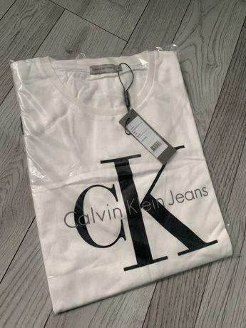 Nowy t-shirt calvin klein