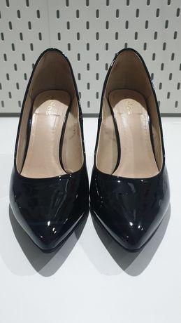 Szpilki WOJAS klasyczne czarne rozmiar 38/39 czarne buty