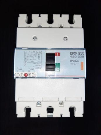 Rozłącznik mocy Legrand DPX3 250 3P 250A