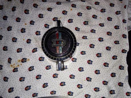 Emblema Datsun 1200 Original