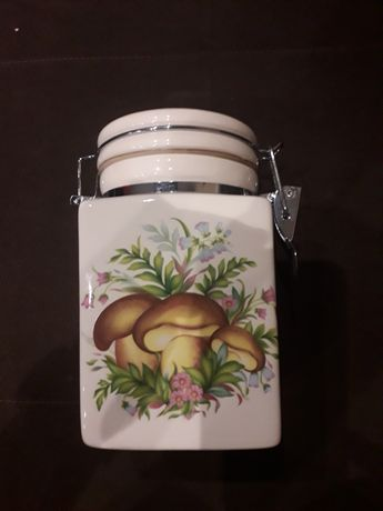 Pojemnik ceramiczny