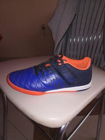 Buty sportowe halowki, dł. Wkładki 21cm