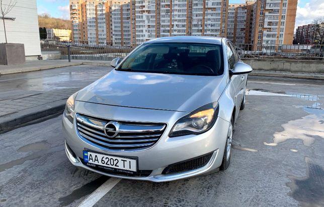 Автомобиль Opel Insignia Sedan Limousine CDTI 2014