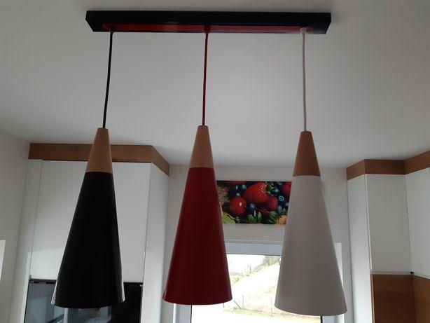 Sprzedam lampę wiszącą trzypunktową