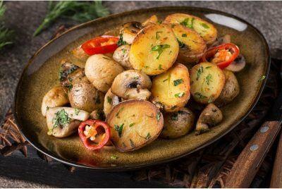 Картопля велика Белла росса
