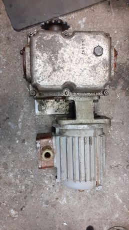 Электро мотор с редуктором