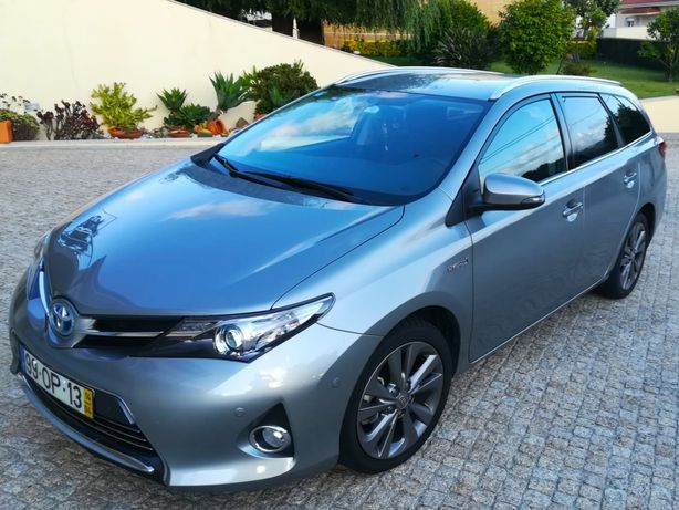 Toyota Auris Touring Sport Exclusive 1.8