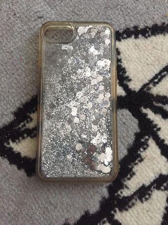 Sprzedam case na iphone 8