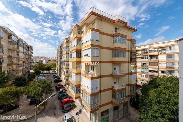 Apartamento T2 numa zona central de Almada a 5 min da Ponte 25 de Abri