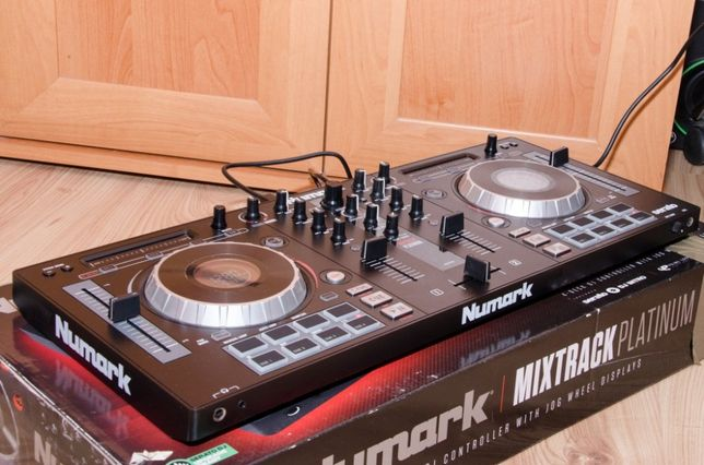kontroler Numark Mixtrack Platinum