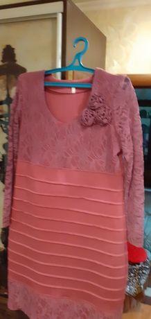 Платье наряденое