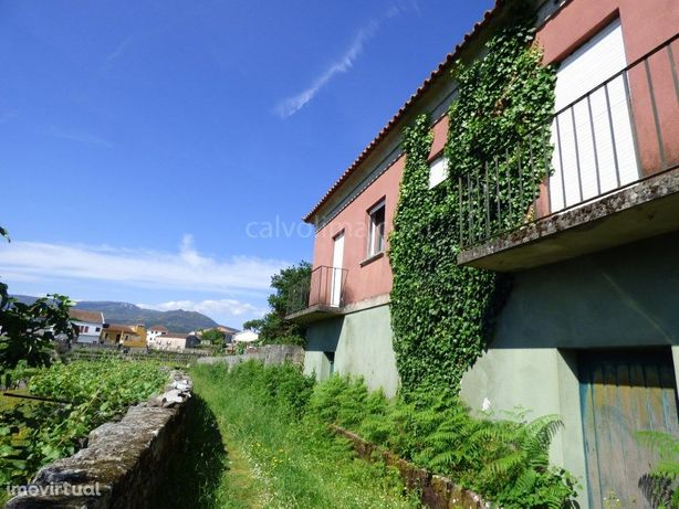 Quinta com Casa para Restaurar, Ceivães, Monção