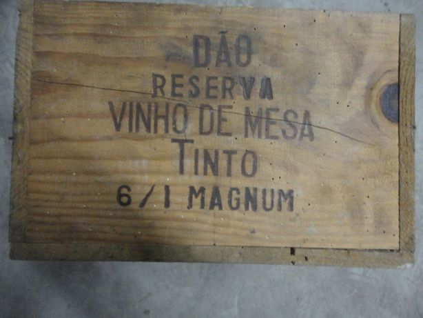 Caixa de Madeira Vintage Dão Reserva Vinho de Mesa 6L Magnum