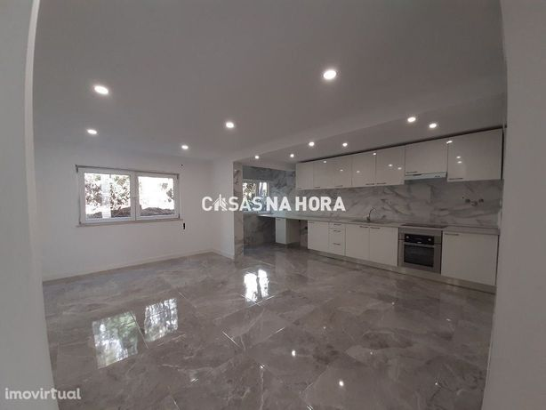 Apartamento T3  Totalmente REMODELADO - Rinchoa / Rio de Mouro