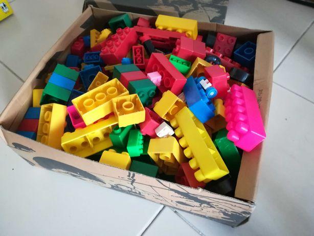 Caixa de legos diversos
