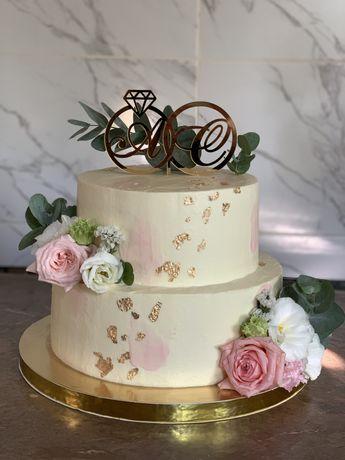 Торт на заказ чизкейк меренговый рулет