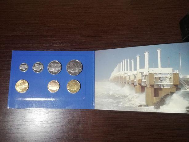 Набір монет Нідерланди 1992,1982,1983,1984 р