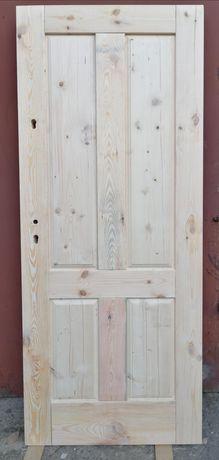 Drzwi zewnętrzne, drzwi gospodarcze, Lite Drewno 70mm grubości