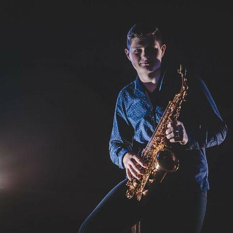 Саксофоніст, співак,ведучий, звукорежисер свят(Житомирська область)