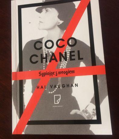 Chanel- sypiając z wrogiem