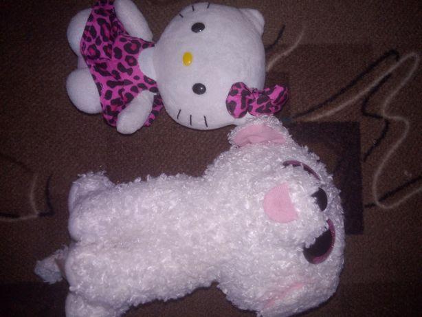 Мягкие игрушки (хеллоу китти и кот)