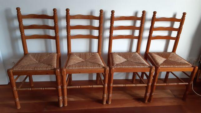 Cadeira de pinho e verga