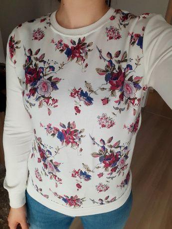 Nowa bluza w kwiaty.