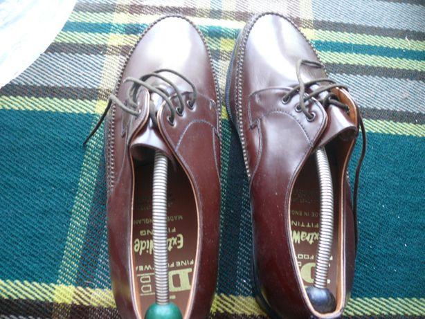 Туфли 43 размер (новые)