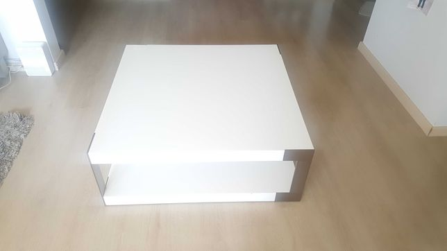 Stolik kawowy biały lakierowany 90x90