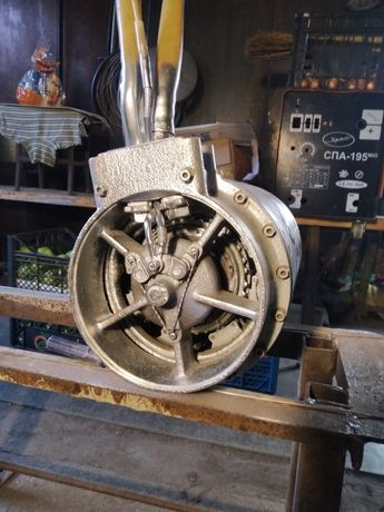 Двигатель генератор
