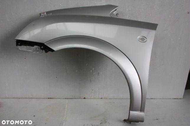 Opel Meriva błotnik lewy przód Z157