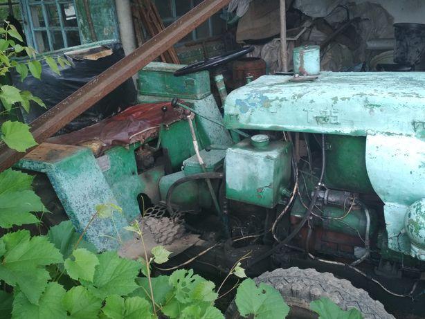 Трактор самопал з документами
