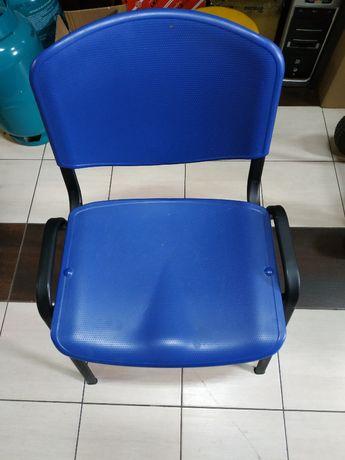 Krzesła plastikowe Iso
