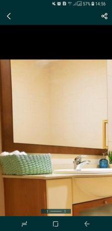 Espelho WC aplicado em moldura madeira maciça